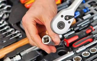 Набор инструментов для автомобиля какой фирмы лучше?
