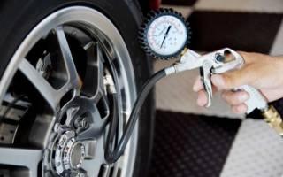 Что лучше перекачать или недокачать шины?