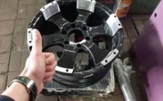 Как расточить центральное отверстие диска своими руками?