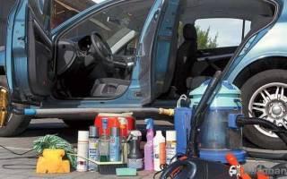 Чем можно помыть салон автомобиля своими руками?